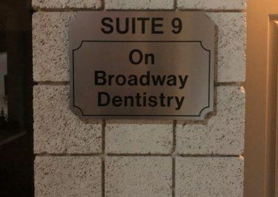 Suite sign.